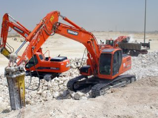 affordable heavy equipment rentals